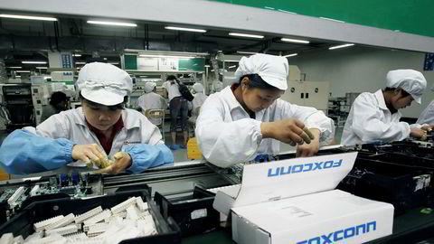 Taiwanske Foxconn forbereder seg på å levere nøkkelferdige fabrikker til kunder over hele verden. Bildet er hentet fra en pressevisning tilbake i 2010, som også var siste gang en pressefotografer fikk slippe inn på en av selskapets fabrikker.