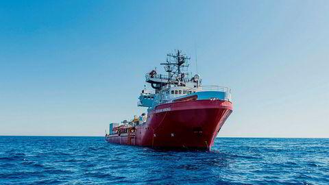Ocean Viking har bedt om assistanse.