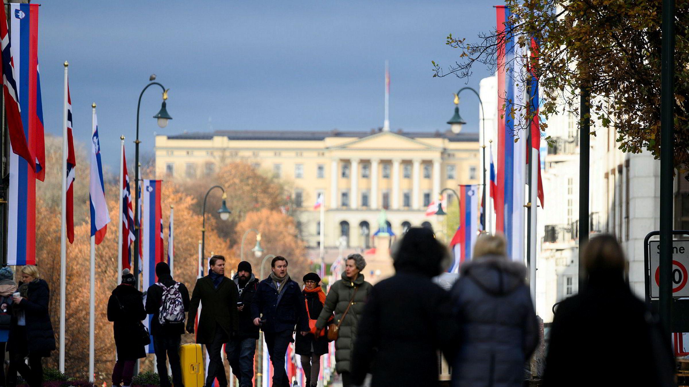 For all fremtid må folk i andre land sende en del av det de skaper av verdier til Norge.