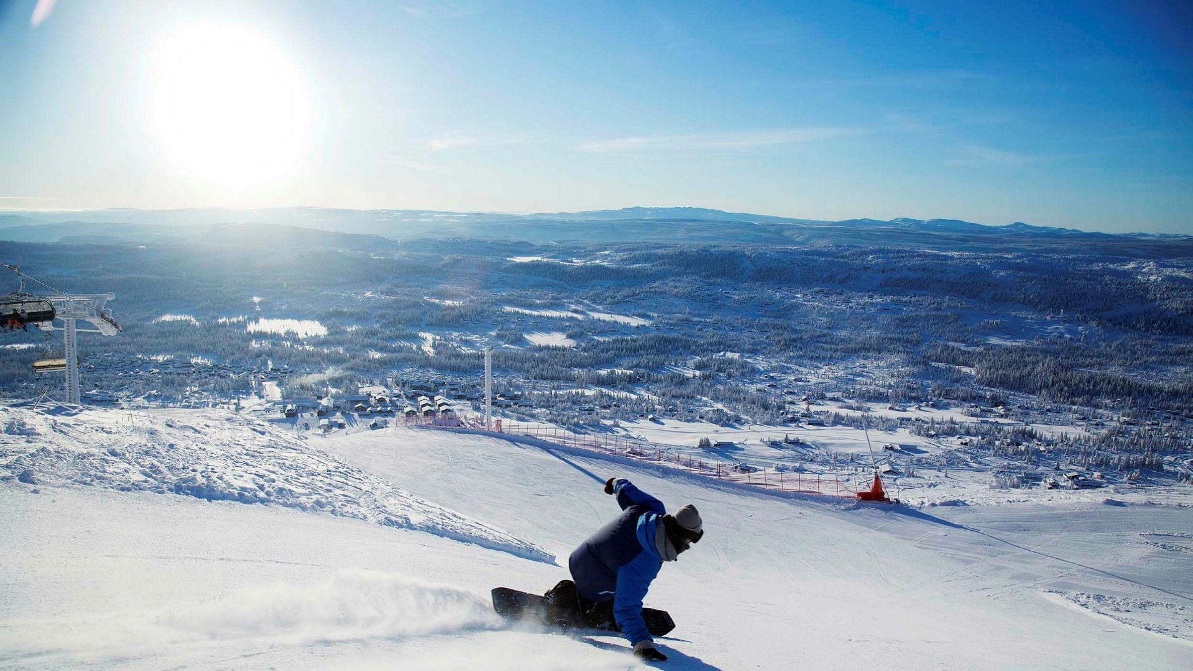På bare vel to uker har vinterferien i Norge for en dansk familie blitt opptil flere tusen kroner billigere.