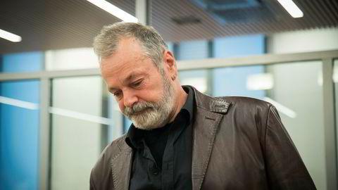 Eirik Jensen i rettsalen før domsavsigelsen mandag. Hans tidligere sjef kaller dommen nådeløs.