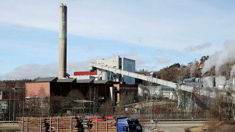 Norske Skog skyver på nok en rentebetaling. To millioner euro skulle vært betalt til søndag.
