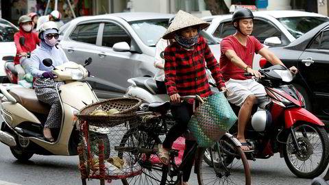 USAs president kommer til Vietnams hovedstad Hanoi fredag for å delta på Apec-møte.