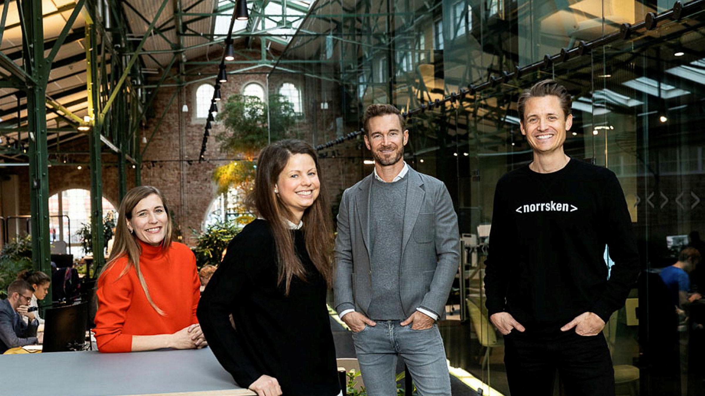 Klarna-gründer Niklas Adalberth (ytterst til høyre) – med partnerne i Norrsken – investeringsdirektørene Agate Fremaine (til venstre), Tove Larsson og sjef for investeringer, David Frykman.