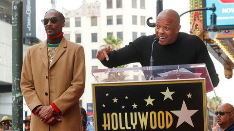 Nr. 1: Andre Young (til høyre), best kjent som Dr. Dre. Her med Snoop Dogg, en av artistene han  «fostret opp».