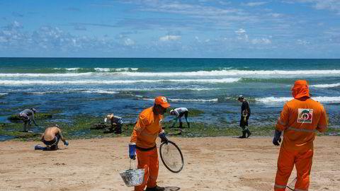 200 strender i Brasil er så langt rammet av oljesøl.