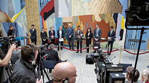 Mandag morgen la alle partiene i finanskomiteen frem et forlik i Vandrehallen på Stortinget.