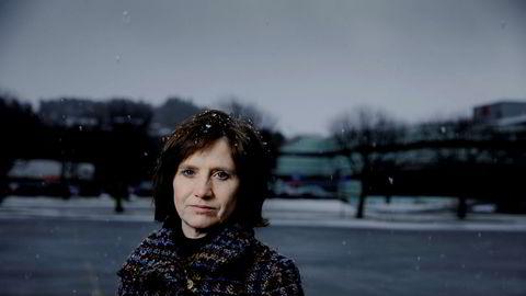 Stortingsrepresentant for Senterpartiet Kjersti Toppe oppfordrer vedkommende som sendte seksualisert melding til tidligere partileder Liv Signe Navarsete om å stå frem.