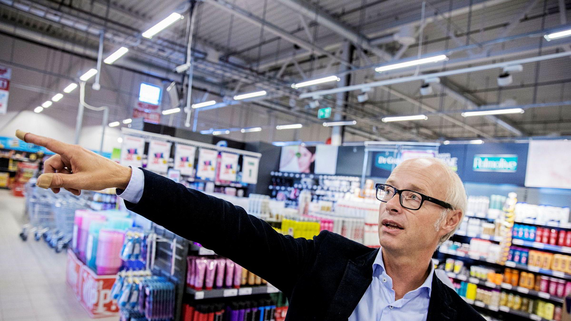 Pål Wibe har bygget om mange av butikkene. Nå skal kjeden ta en sterkere posisjon innen netthandel.