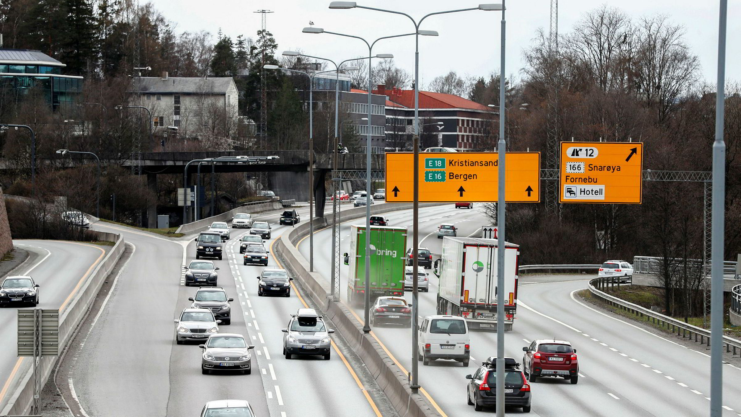 Regjeringen og samferdselsminister Kjetil Solvik-Olsen har svært forskjellig syn fra byrådet i Oslo på hva som er hovedformålet med utbyggingen av E 18 Vestkorridoren.