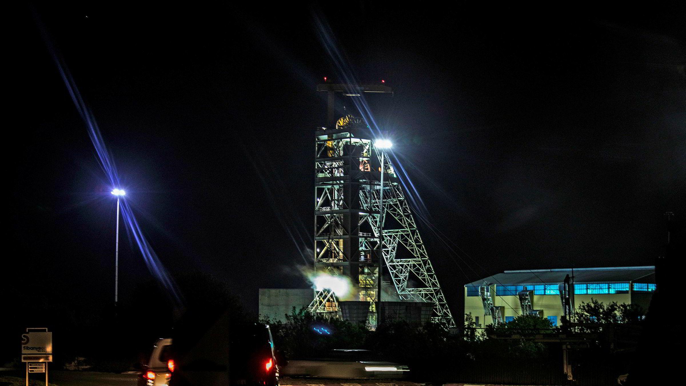 955 gruvearbeidere ble reddet opp fra denne gruven i natt.