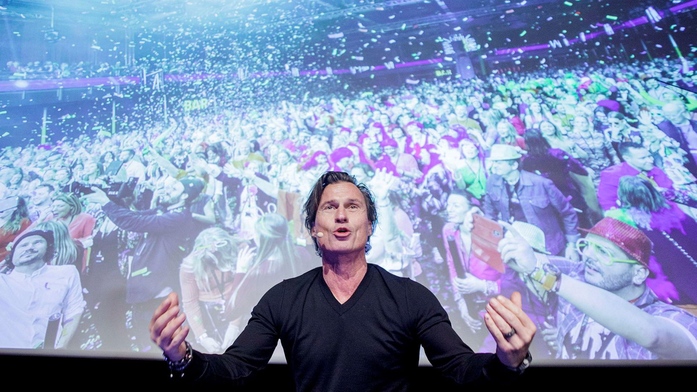 Strawberry-eier Petter A. Stordalen holdt foredrag om viktigheten av kultur på arbeidsplassen, og han fortalte hva slags arbeidskultur han forsøker å skape. Foto: