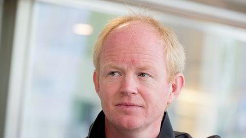 Leder i Norges Naturvernforbund Lars Haltbrekken reagerer sterkt på at Statoil inngår kontrakter før vedtak om utbygging er foretatt i Stortinget.