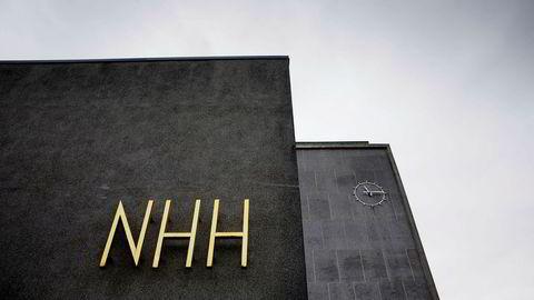 NHH i Bergen havner bak BI på Financial Times' prestisjetunge rangering.