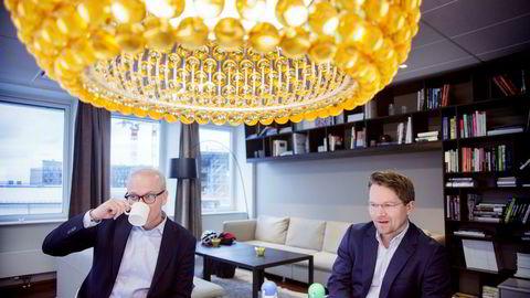 Google-sjef Jan Grønbech bestilte rapport fra McKinsey-sjef Martin Bech Holte om hvordan digitalisering vil endre det norske arbeidsmarkedet. Fastlegerepresentant Petter Brelin, som fikk høre at fastlegen vil bli erstattet av maskiner, kalte det «teknologi-optimistisk sprøyt».