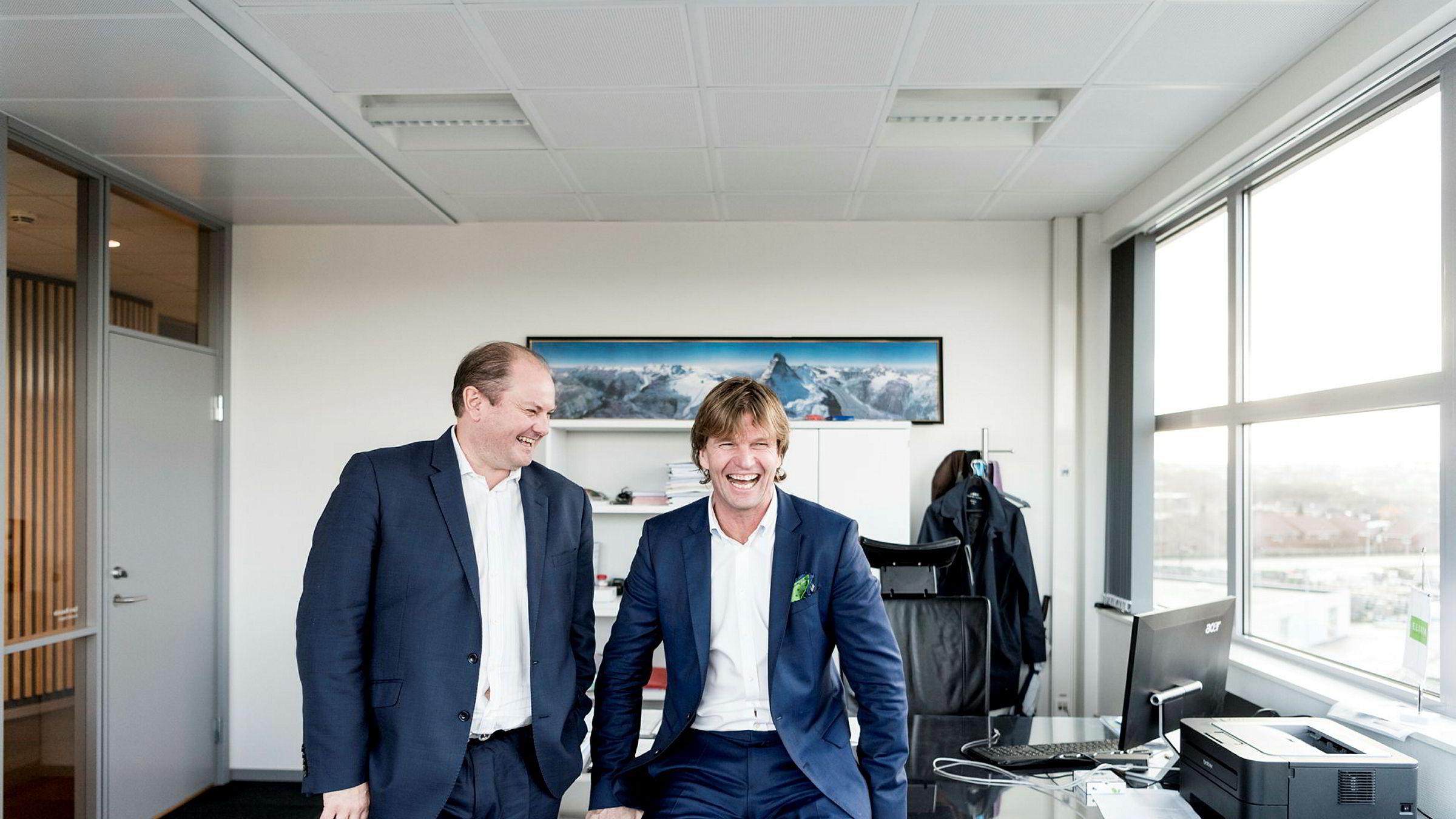 Svein Ivar Førland (til venstre), tidligere toppsjef i Sandnes Sparebank og Bjørn Maaseide skal hente opp mot 300 millioner kroner til den nye banken Kraft Bank.