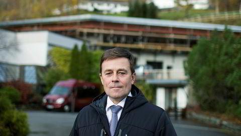 Richard Grov har nå stengt ned hotellene Alexandra og Loenfjord samt gondolbanen Loen Skylift og permittert 250 ansatte.