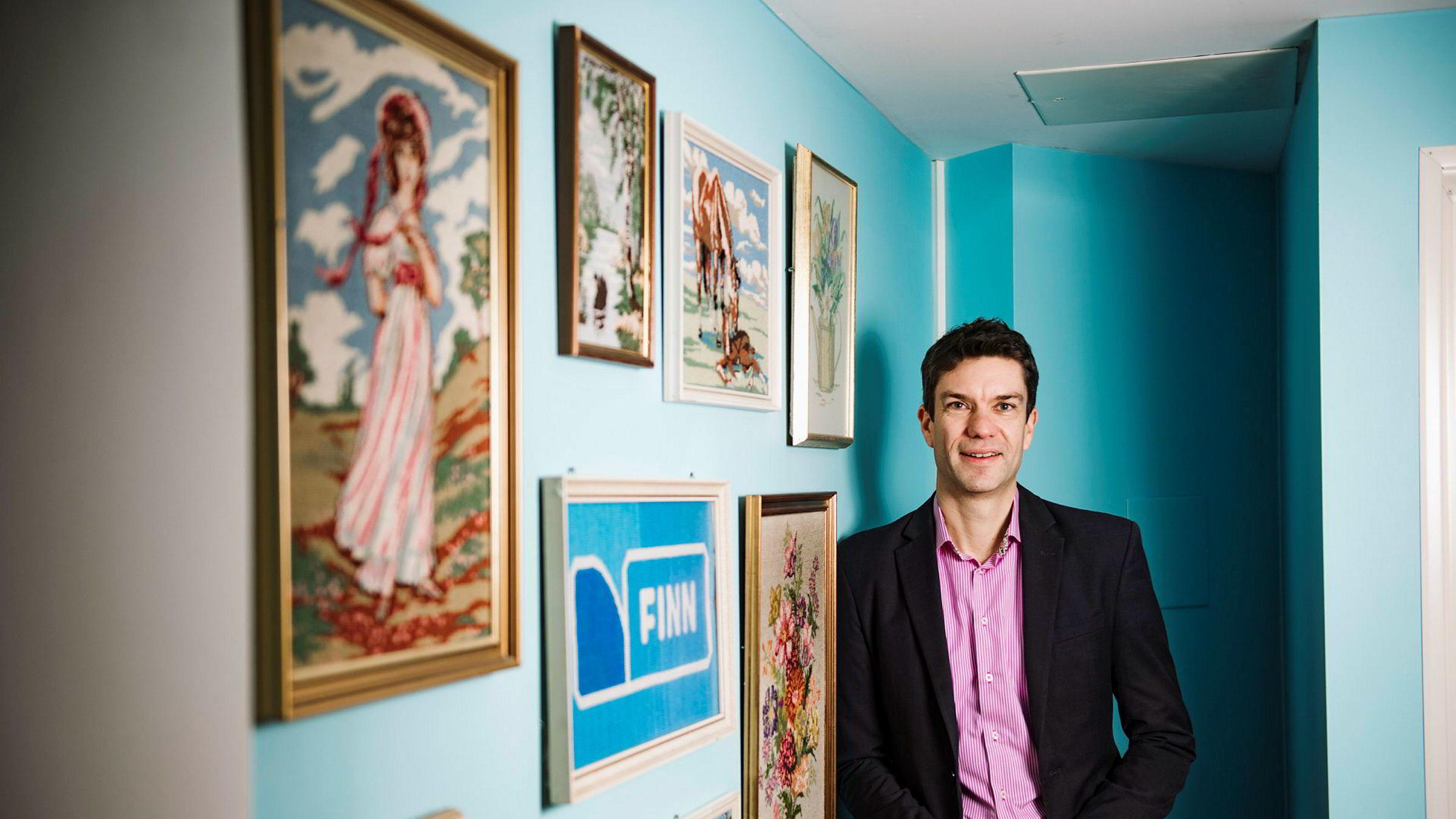 Anders Skoe, toppsjef i Finn, har foreløpig ikke merket noe særlig til konkurransen fra andre rubrikkplattformer som Facebook Marketplace, Tise og Shpock.