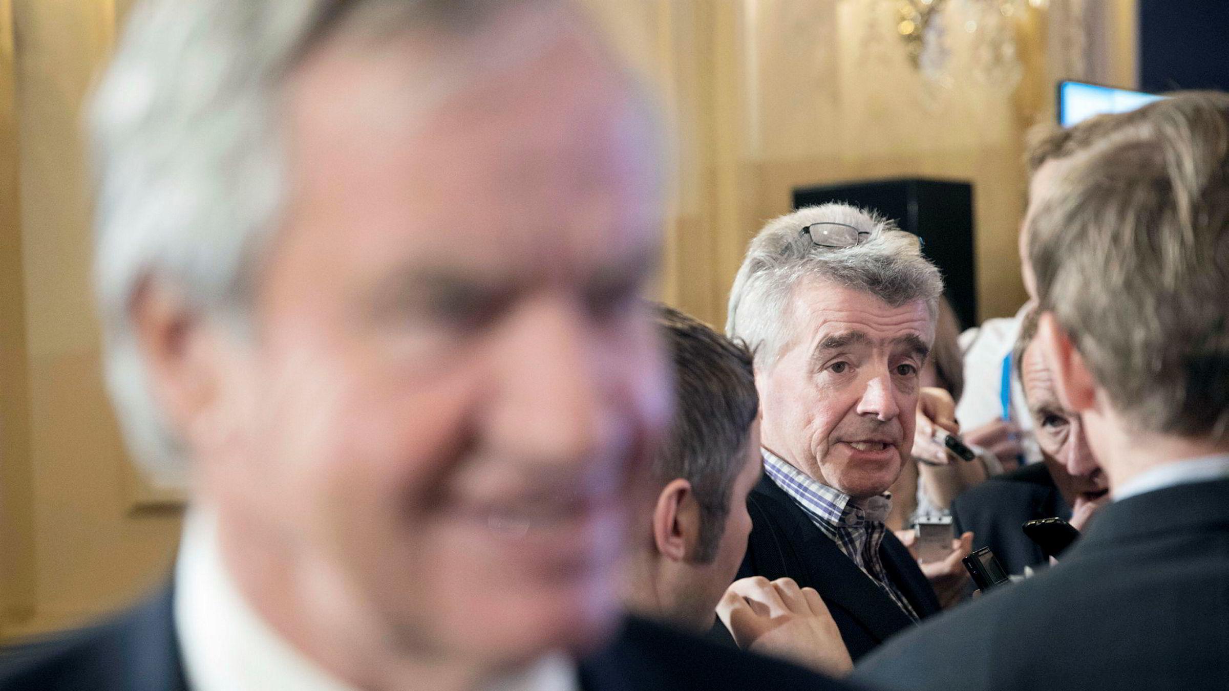Til høyre: Michael O'Leary i Ryanair under Airlines for Europe sin årlige konferanse tidligere i år. I forgrunnen, Norwegian-sjef Bjørn Kjos.