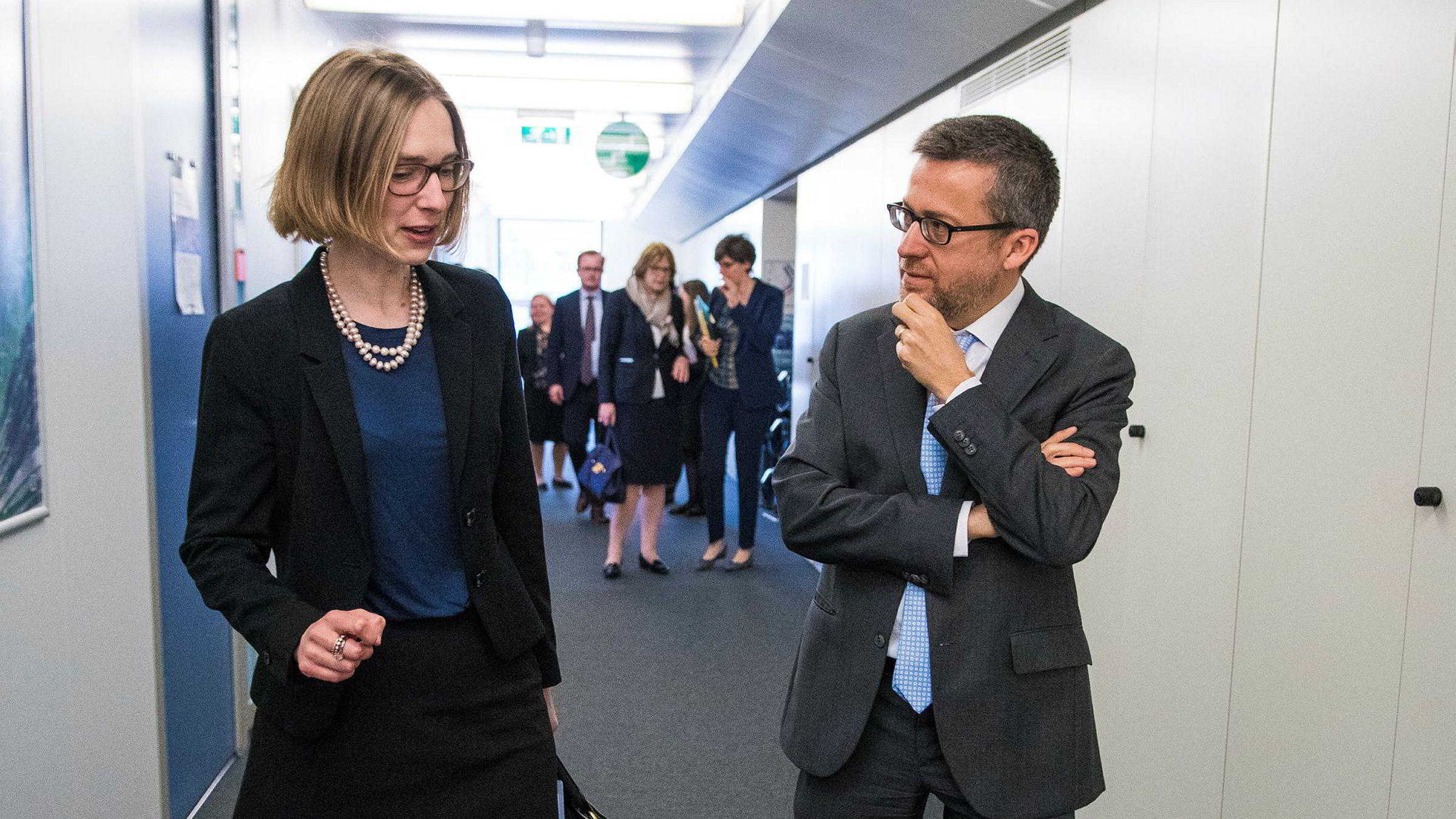 Forskningsminister Iselin Nybø besøkte nylig EUs forskningskommissær Carlos Moedas i Brussel. Norge bidrar med milliarder til EUs forskningsprogram, som EU-kommisjonen nå ønsker å gjøre enda større.