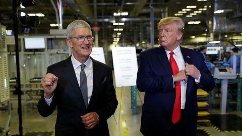 Apples konsernsjef Tim Cook inviterte president Donald Trump til å se en pc-fabrikk i delstaten Texas den 20. november. Apple bygger personlige datamaskiner for det amerikanske markedet. Over 90 prosent av produksjonen av Apple-produkter foregår i Kina.