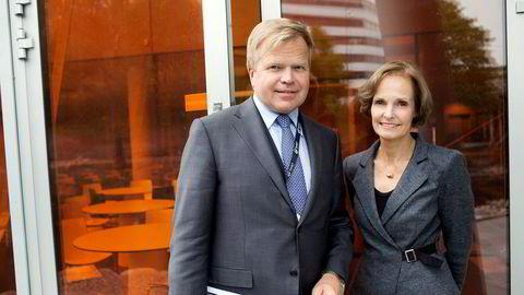Konsernsjef Gunnar Bjørkavåg og styreleder og deleier Anette Olsen i NHST Media Group. Bildet er tatt ved en tidligere anledning.