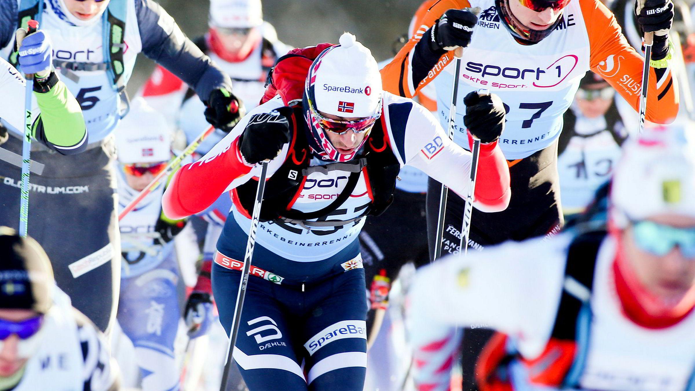 Petter Northug jr på vei fra Rena til Lillehammer. Northug brukte neste tre timer på det 54 km lange rennet.
