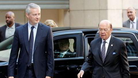 Frankrikes finansminister Bruno Le Maire (til venstre) møtte USAs handelsminister Wilbur Ross i Paris torsdag.