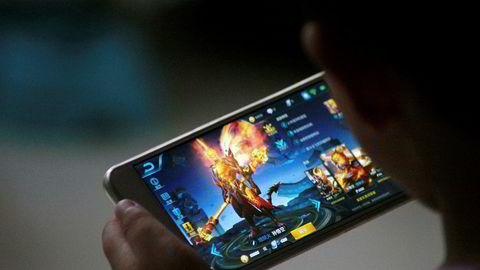 Kraftig vekst i reklameinntekter og stor interesse for dataspillet «Honour of Kings» i Kina gjør at Tencent er på vei inn i en eksklusiv klubb – som det eneste selskapet utenfor USA.