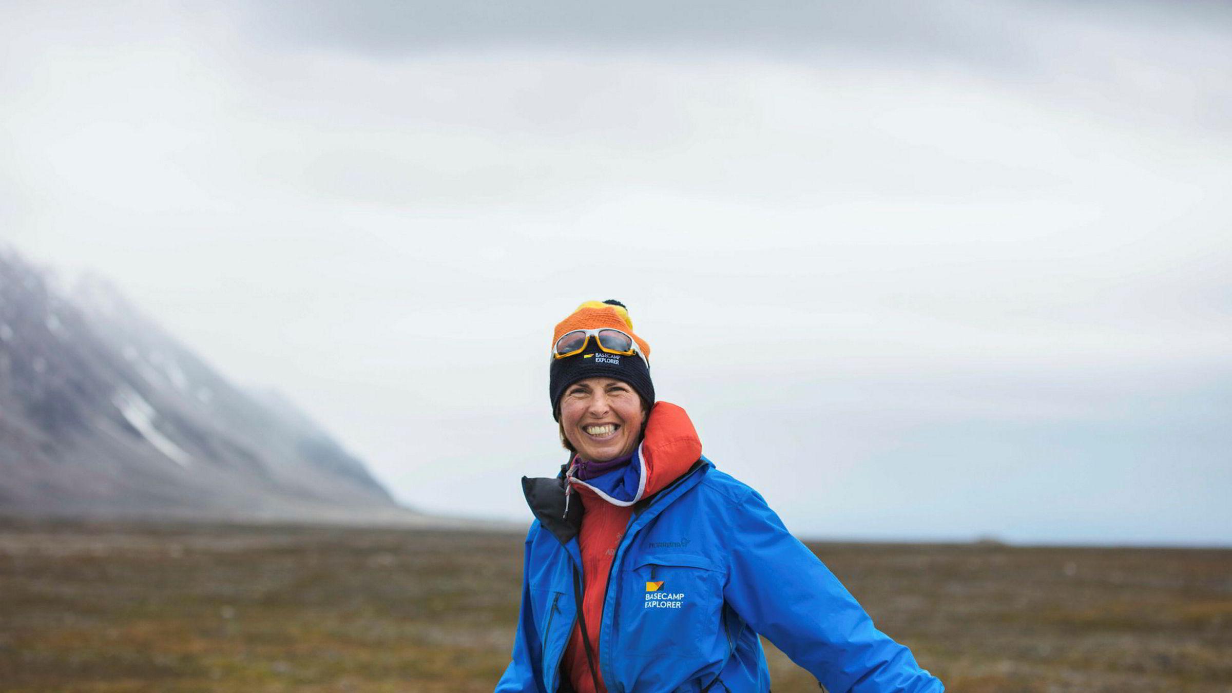 Brita Knutsen Dahl (52) er daglig leder i Basecamp Explorer as som driver turistvirksomhet på Svalbard og i Kenya. Her er hun fotografert på Svalbard.