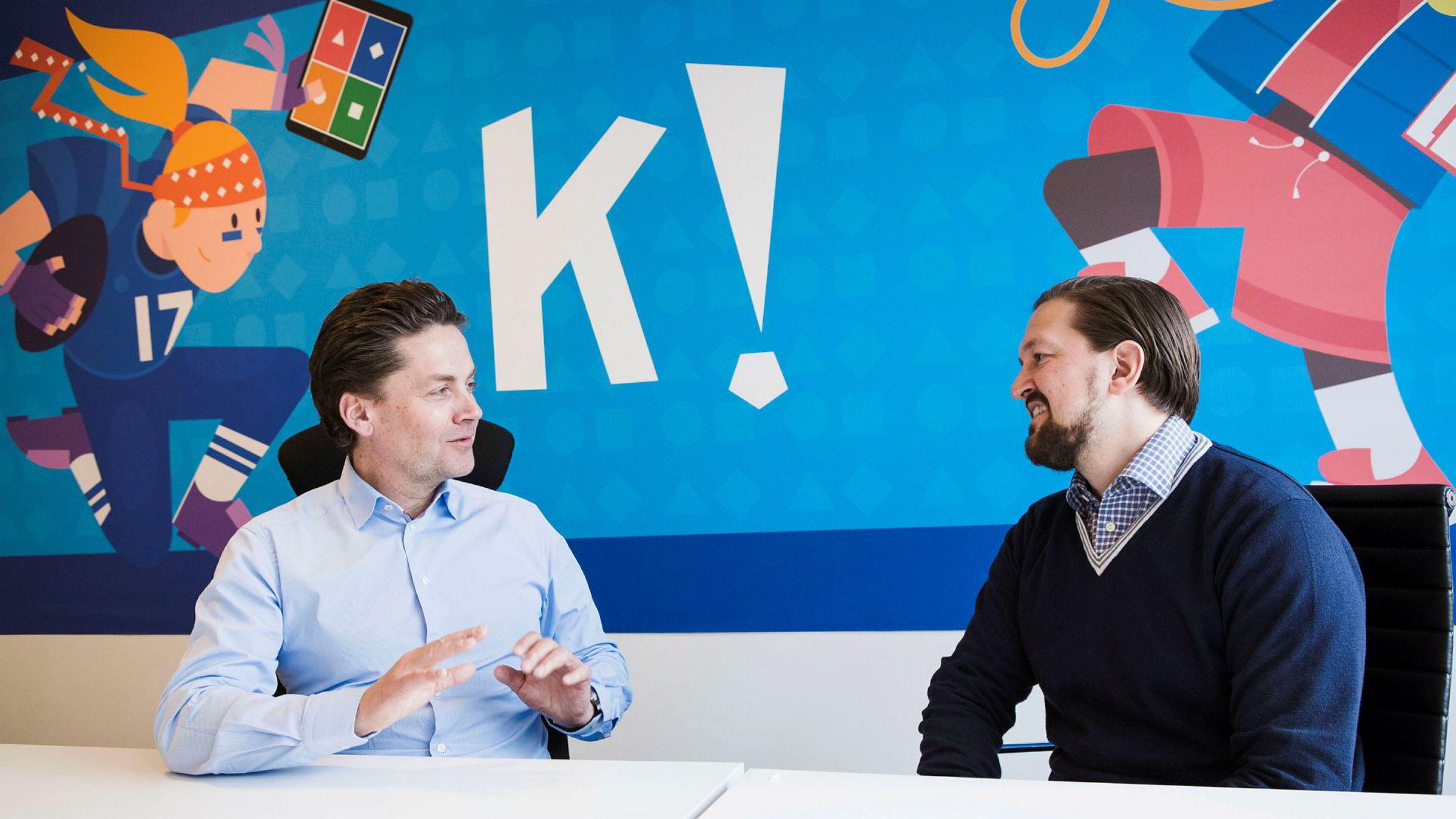 Eilert Hanoa (til venstre) overtar som Kahoot-sjef 1. desember, her fotografert sammen med tidligere administrerende direktør Åsmund Furuseth, som nå går over i rollen som produktsjef.