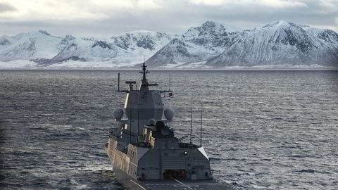 Fregatten KNM Thor Heyerdahl med klargjøring til helikopteroperasjoner under Øvelse Flotex 2019 i Nord-Norge.