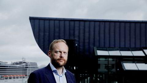 Jon Petter Rui, jusprofessor ved Norges arktiske universitet i Tromsø, mener Økokrim bør etterforske saken der DNB er innblandet.