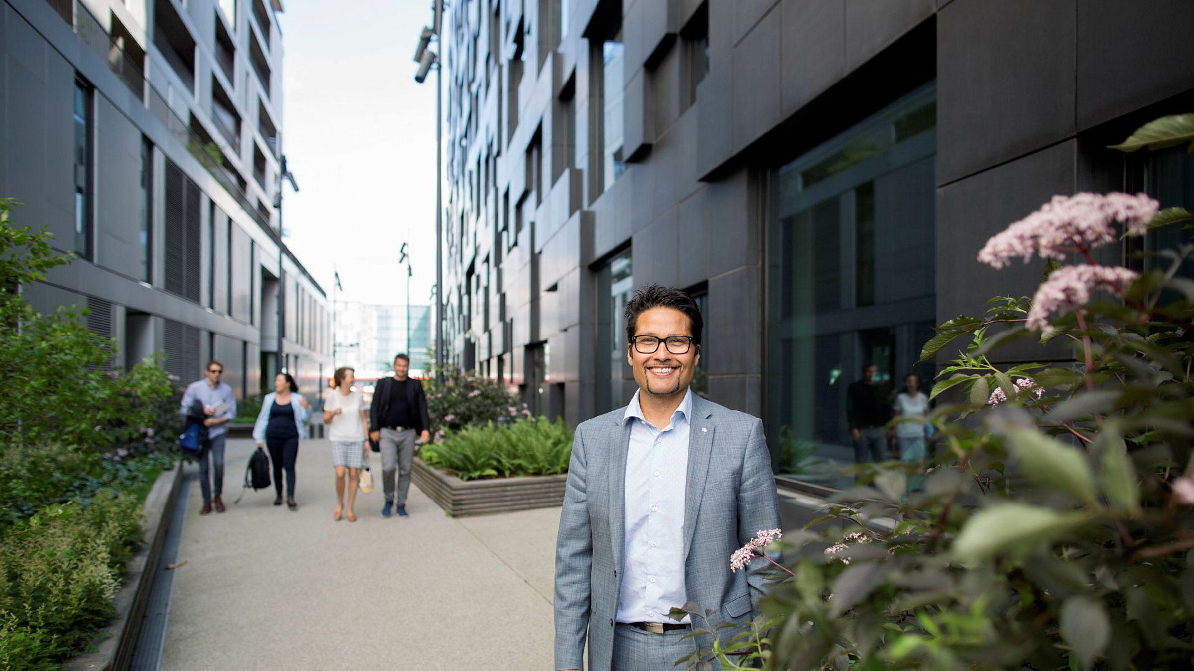 Daniel Kjørberg Siraj i Obos har solgt en rekke selskaper og vil investere i store tomteprosjekter og gründerbedrifter.