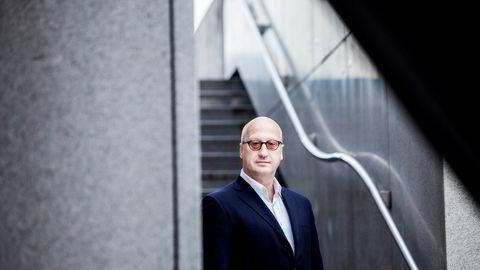 Albert Collett, porteføljeforvalter i Arctic Fund Management leker med tanken å ta Aker BP inn i porteføljen igjen, men han tør ikke.