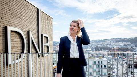 DNB-sjef Kjerstin Braathen forklarer at de driver med individuell prising, noe som betyr at ikke alle får like mye rentekutt.