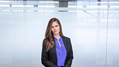 – Det viktigste vi kommuniserer til kundene våre er at vi fortsetter å se et nedadgående press på prisene, sier oljeanalytiker Nadia Wiggen i Pareto Securities.