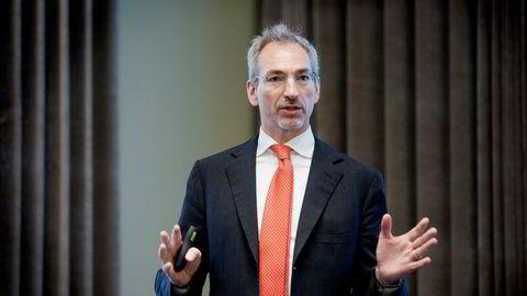 – Aksjeprisen har vært under enormt press den siste tiden og dette har gått på bekostning av selskapets troverdighet blant norske investorer, sa avtroppende konsernsjef Luigi Costa i Nordic Nanovector under et investormøte torsdag.