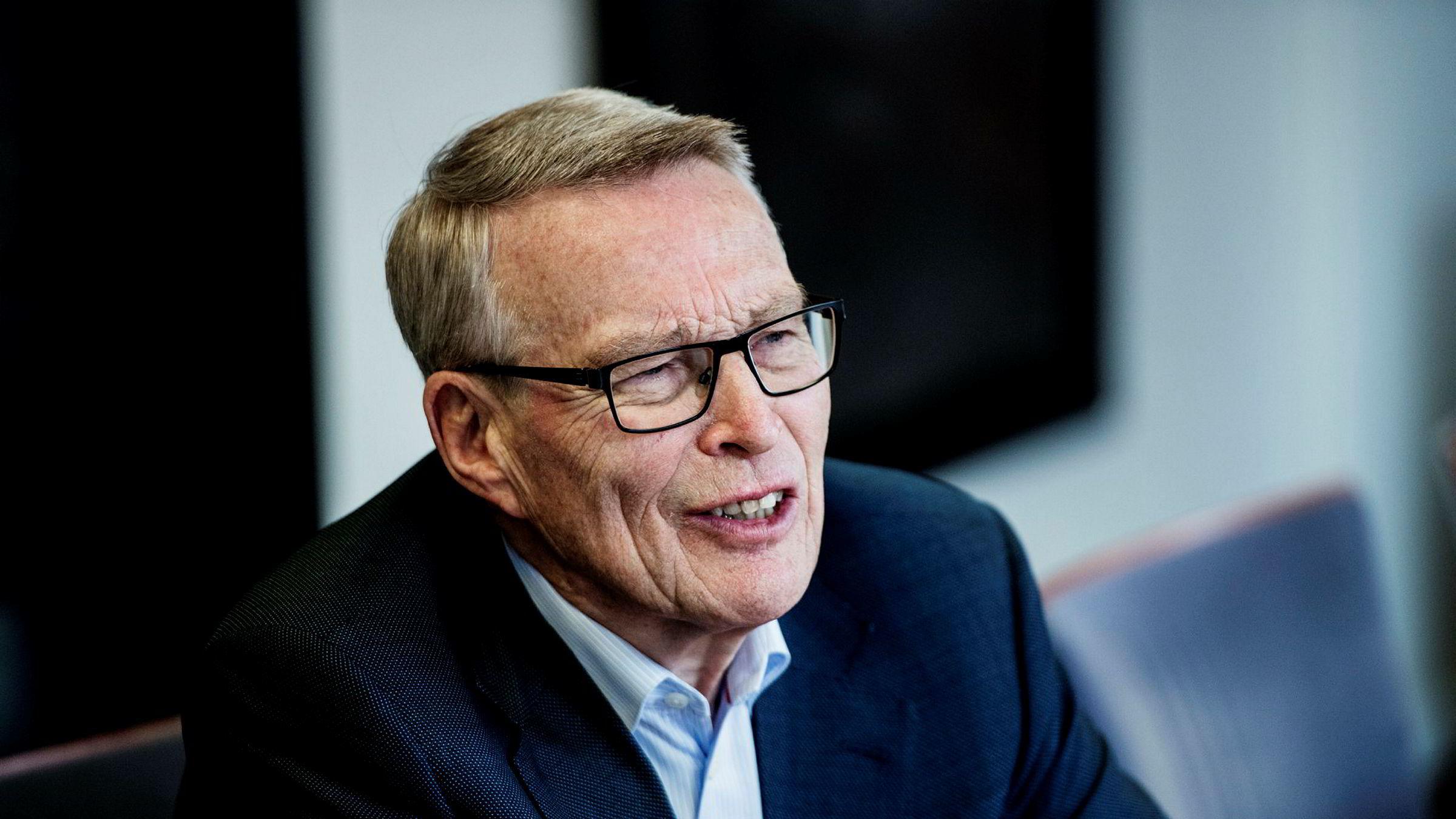 Investor Erik Must kan smile bredt etter at han og familien på kort tid har tjent over 40 millioner kroner på aksjene i Kongsberggruppen.