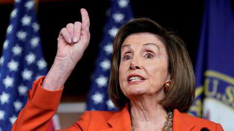 Nancy Pelosi, demokrat og lederen for Representantenes hus, vegret seg lenge før hun støttet riksrettssak mot presidenten. Da hun snudde, satte prosessen i gang.