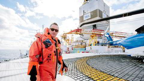 Jez Averty er Statoils letedirektør for norsk og britisk sokkel. I vår var han optimist da han besøkte boreriggen «Songa Enabler» i forkant av sommerens oljejakt i Barentshavet.
