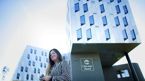 – Vi opplever en fart nå i Stavanger som vi ikke har sett på flere år, sier Laila Neverdahl, driftsdirektør i Clarion-kjeden og tidligere hotelldirektør for Clarion Hotel Energy (bak).