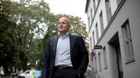 Administrerende direktør Kent Victor Syverstad i Eiendomsmegler 1 tror nedturen i boligmarkedet vil vare til over sommeren.