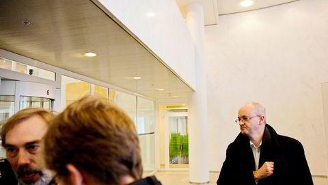 Tidligere kommunikasjonsdirektør Rune Indrøy i TV 2 hadde ifølge skattelistene en inntekt på 6,3 millioner i fjor. Til venstre TV 2s tidligere økonomidirektør Øivind Johannessen.