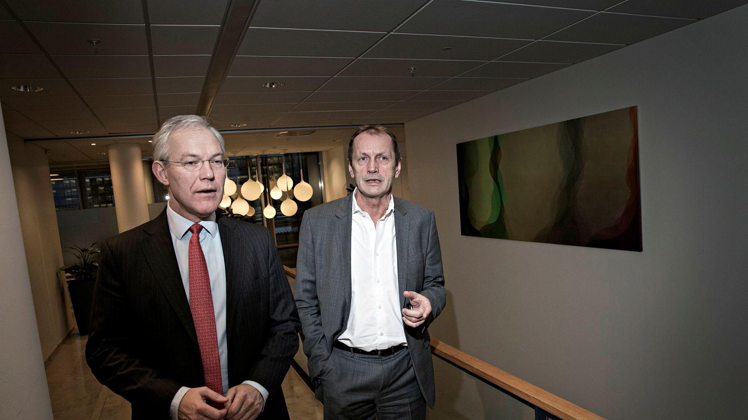 – Resultatet gir i tillegg rom for ytterligere styrking av soliditeten, sier konsernsjef Sverre Thornes (t.v) i KLP. Her sammen med Norfund-sjef Kjell Roland.
