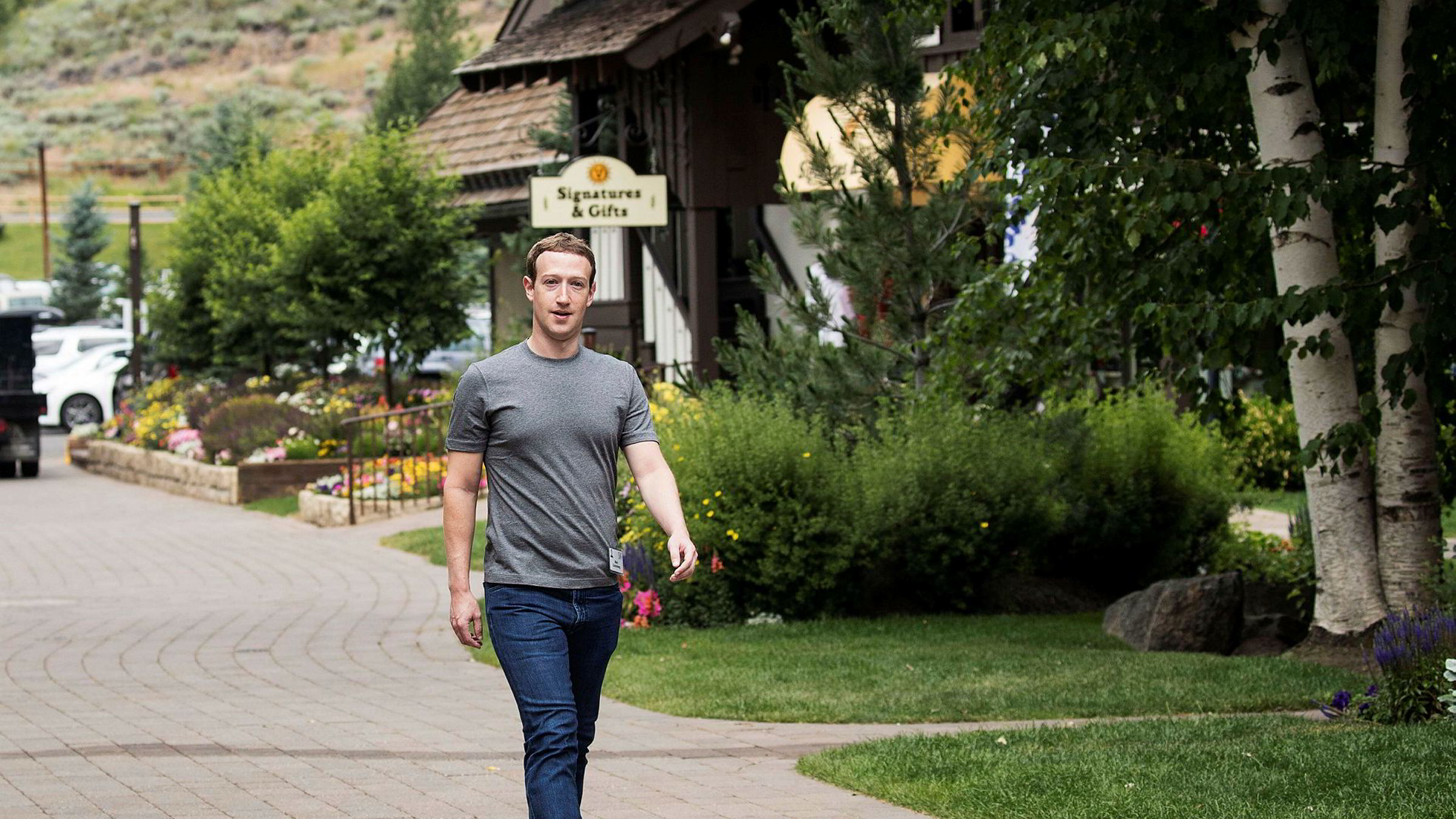 Facebook-gründer Mark Zuckerberg dropper aksjeplan.