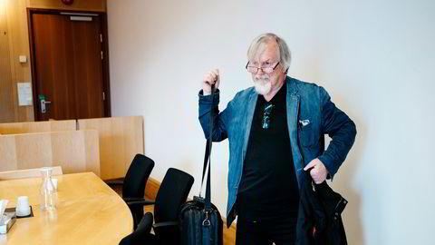 Tidligere fagforeningstopp Asbjørn Wikestad må ikke etterkomme krav fra fagforeningen Junit. Junit ville hindre Wikestad i å ytre sin misnøye om foreningen på Facebook.
