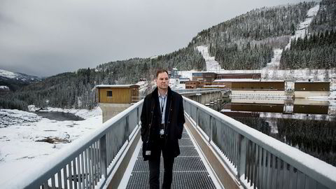Regjeringen stikker kjepper i hjulene for det grønne skiftet, ifølge NTE-sjef Christian Stav. Over nyttår skal NTE ta stilling til om kraftselskapet skal investere hundrevis av millioner kroner ved Nedre Fiskumfoss i Nord-Trøndelag.