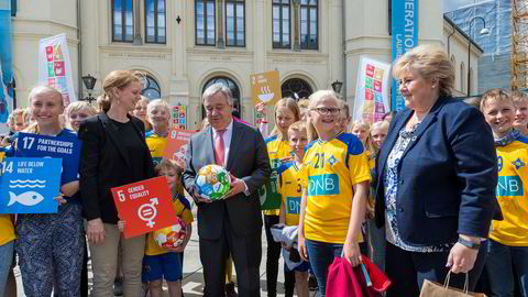 FNs generalsekretær António Guterres og statsminister Erna Solberg slår et slag for globale bærekraftsmål i fjor. Mange bedrifter og organisasjoner forsøker å la bærekraftsmålene være styrende for virksomheten,