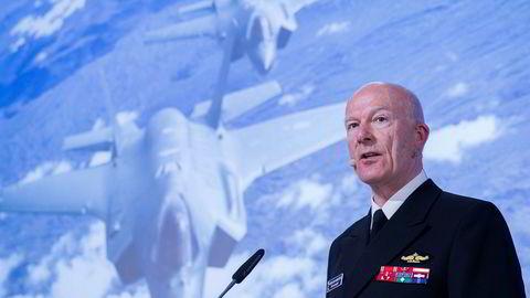 Forsvarssjef Haakon Bruun-Hanssen mener tilstanden i Forsvaret er svak.